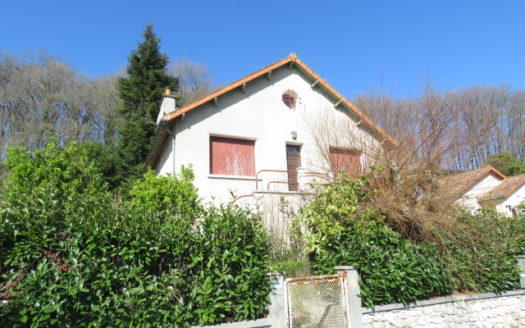 House for sale near Montmorillon France Reference : 51011