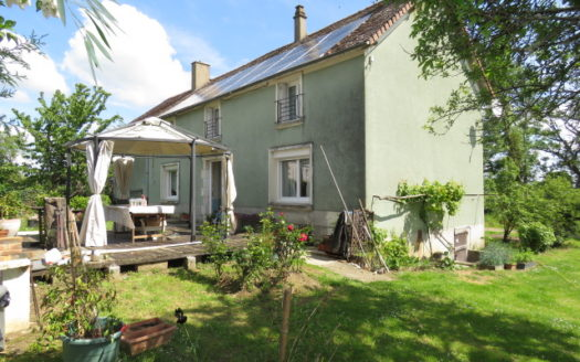 House for sale near Montmorillon France Reference : 60602