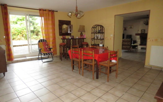 House for sale near Montmorillon France Reference : 60901