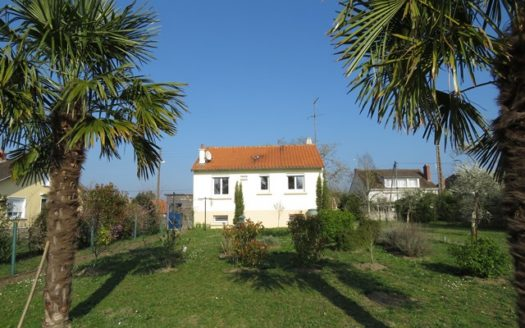 House for sale in Montmorillon France Reference : 70207