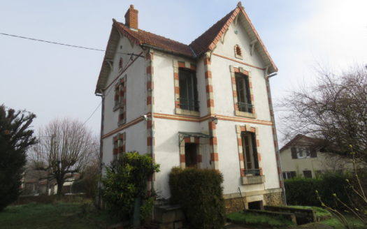 House for sale near Montmorillon France Reference : 70301