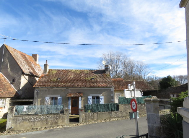 House for sale near Montmorillon France Reference : 70302