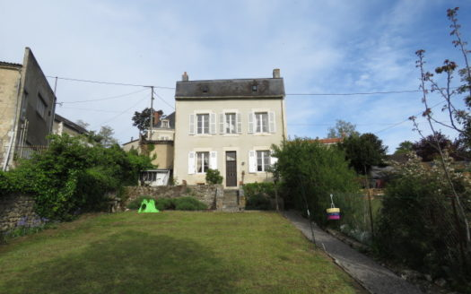 Character townhouse for sale in Montmorillon France Reference : 70501