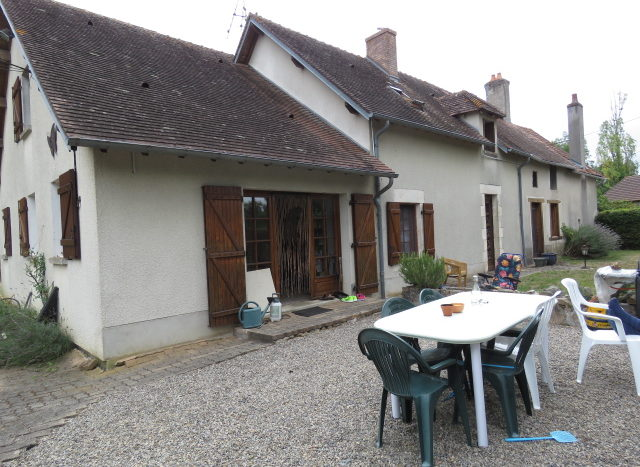 House for sale near Montmorillon France Reference : 70802