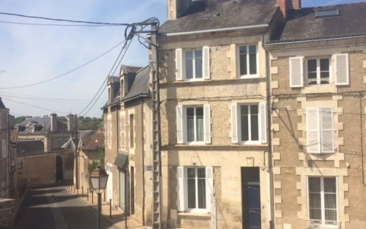 Townhouse for sale in Montmorillon France Reference : 80505