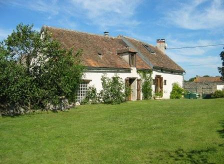 Farmhouse for sale near Montmorillon France Reference : 80806