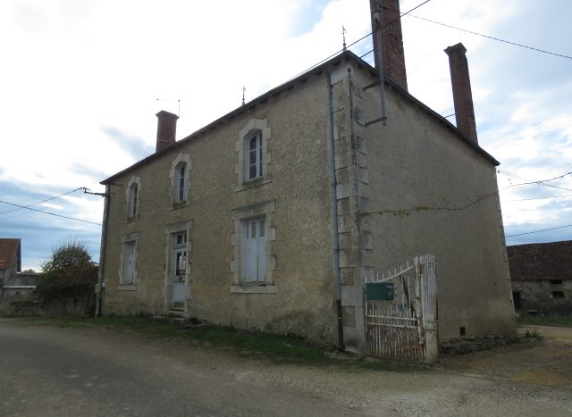 Maison Bourgeoise for sale near Montmorillon France Reference : 81106