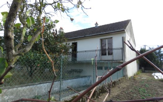 Bungalow for sale near Montmorillon France Reference : 81107