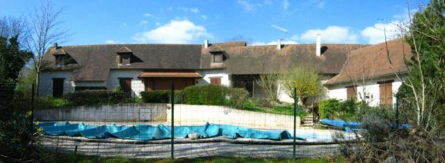 House for sale in Montmorillon France Reference : 80322