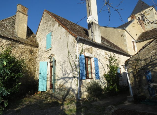 Village house for sale near Montmorillon France Reference : 80207