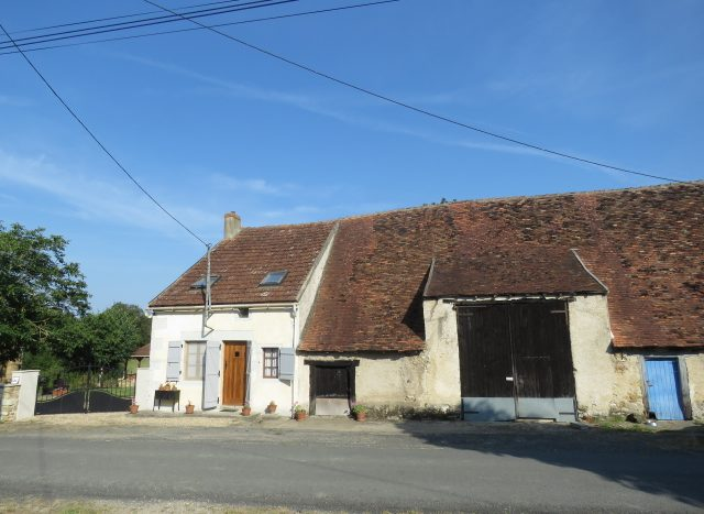 Cottage for sale near Montmorillon France Reference : 80708