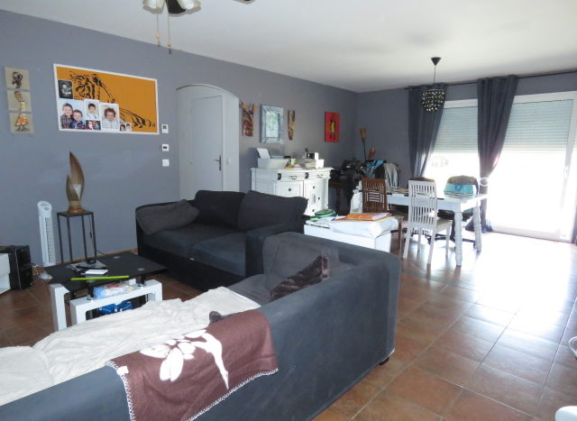 Bungalow for sale in Montmorillon France Reference : 90801