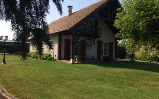 Bungalow for sale in Montmorillon France Reference : 21602